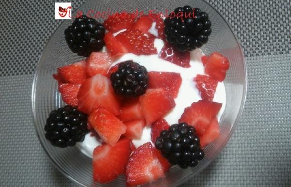 16.07.16 crema con frutas del bosque (2)